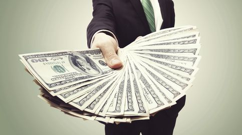Los bancos y sus directivos invierten 100M para contener las caídas en bolsa