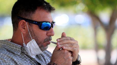 Sanidad propone prohibir fumar en las terrazas aunque haya 2 metros de distancia