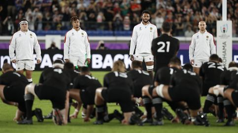 Multa a Inglaterra por invadir el campo a los All Blacks durante su haka