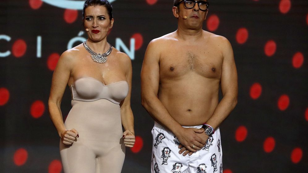 Foto: Silvia Abril y Andreu Buenafuente, durante la gala de entrega de los Goya 2019. (EFE)
