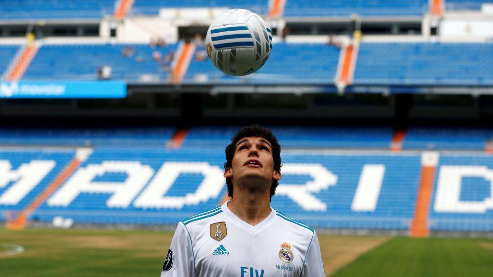 Foto: Vallejo fue presentado en el Bernabéu. (Reuters)