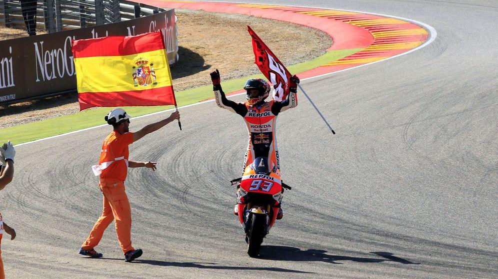 Foto: Márquez celebra su triunfo (Antonio García/EFE)