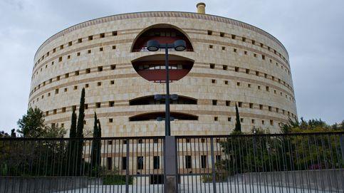 Andalucía licita por 3 M los recortes en la administración paralela de la Junta