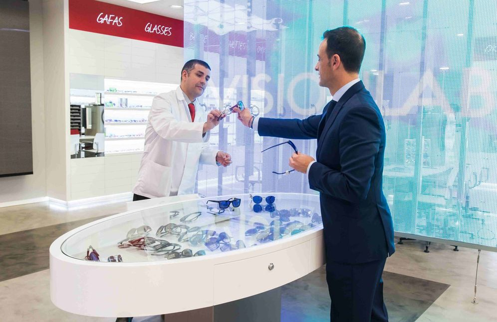 Foto: Visionlab es uno de los fabricantes de gafas que preparan importantes descuentos de cara al 24 de noviembre.
