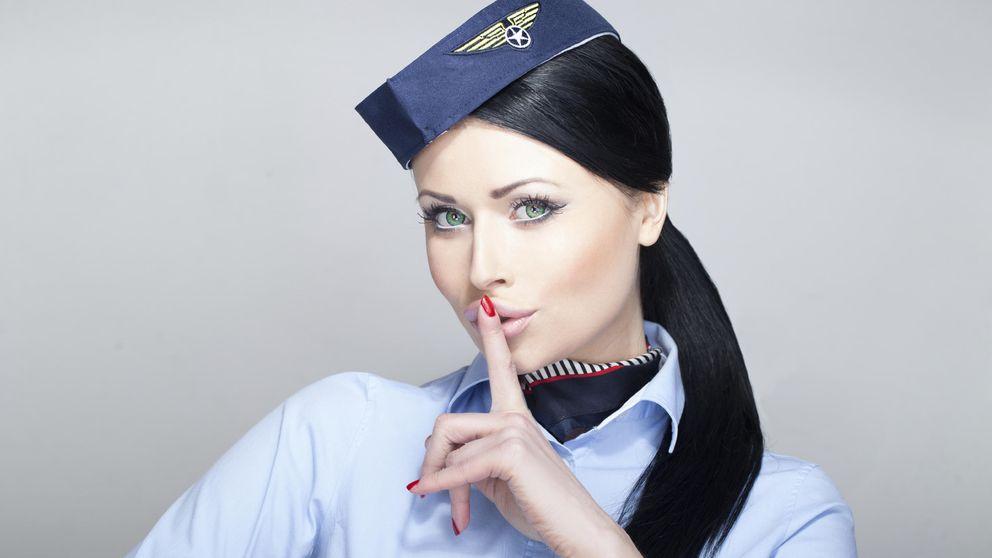 Los diez secretos que las azafatas no nos cuentan cuando viajamos en avión
