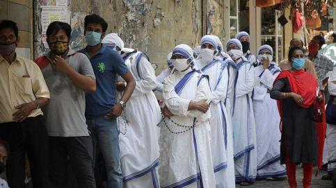 India bate sus récords con 296.000 casos de coronavirus y 2.000 muertes en un día