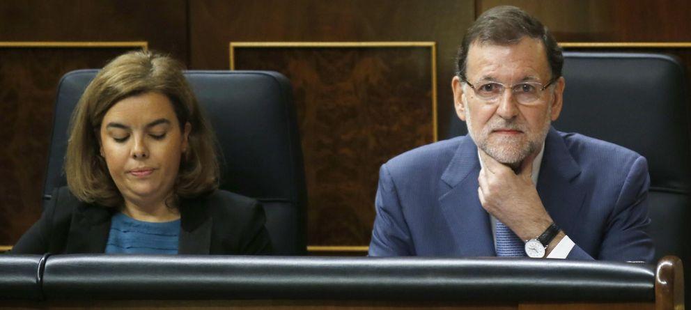 Foto: El presidente Mariano Rajoy junto a la vicepresidenta del Gobierno, Soraya Saénz Santamaría (Reuters)