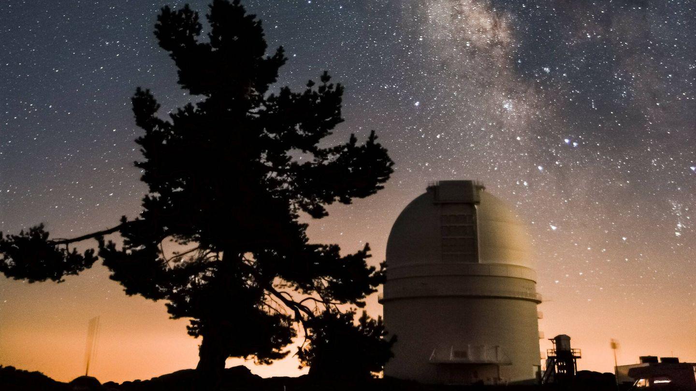 Cielo estrellado desde el observatorio de Calar Alto. (Unsplash)