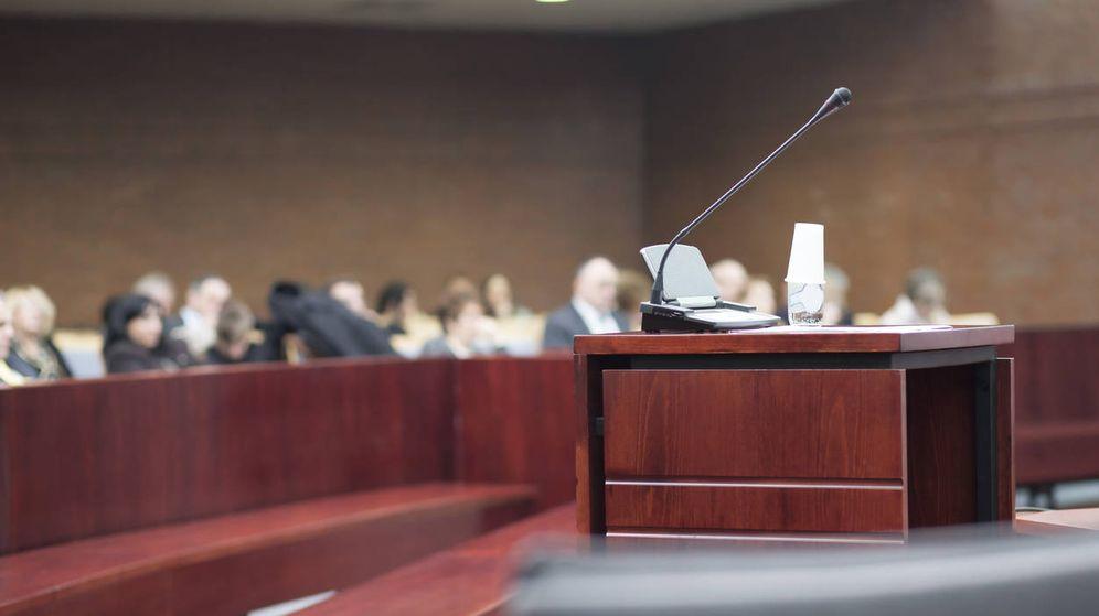 Foto: Juzgan a la exempleada de El Cobrador del frac por supuesta difusión de imágenes sexuales (iStock)