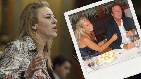 Carolina España, la diputada malagueña (PP) que se codea con Julio Iglesias y Banderas