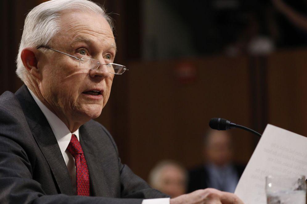 Foto: Jeff Sessions, durante su declaración ante el comité. (Reuters)