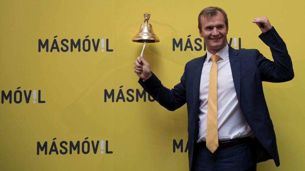 Foto: Meinrad Spenger, fundador de MásMóvil, durante el debut de la empresa en bolsa. (Reuters)