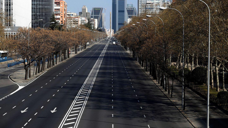 El Paseo de la Castellana en Madrid vacío durante la pandemia. Foto: EFE