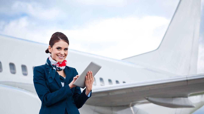 El lenguaje secreto que emplean las azafatas en el avión (y no lo conoces en absoluto)