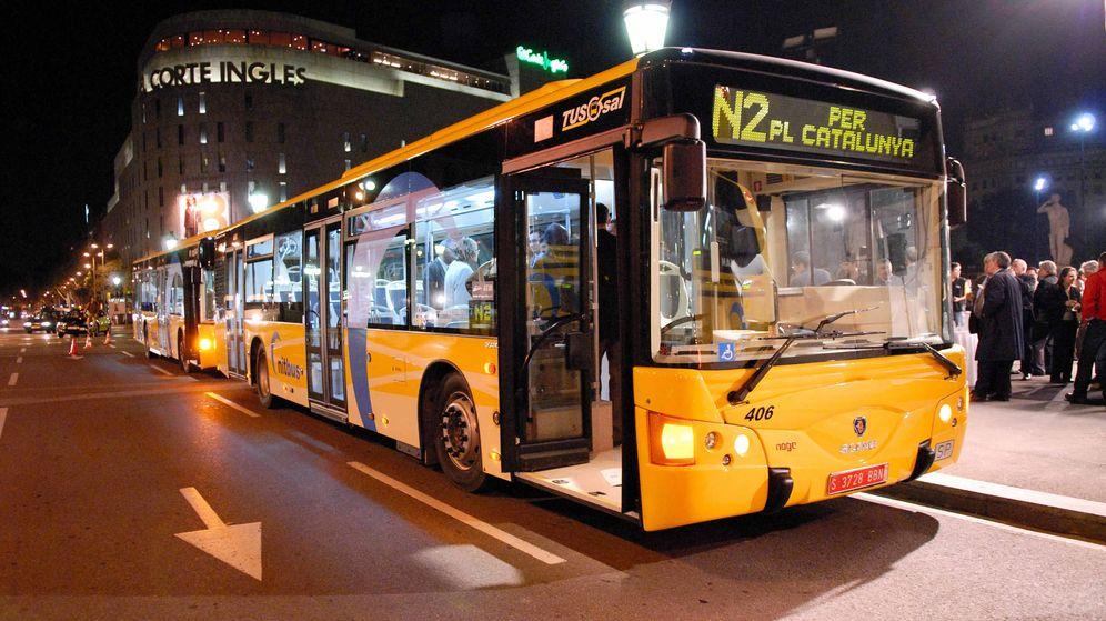 Foto: Autobuses nocturnos de Barcelona. (Foto: tusgsal.cat)
