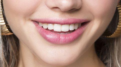Blanquearse los dientes en casa: ¿realmente funciona o solo es un mito?