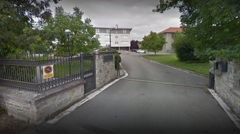 Dos muertos y 30 contagios de coronavirus en una residencia de sacerdotes de Vitoria