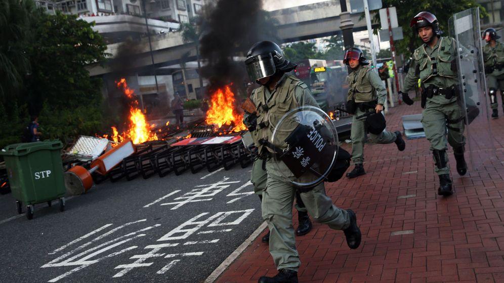 Foto: La Policía dispersa a los manifestantes. (EFE EPA)