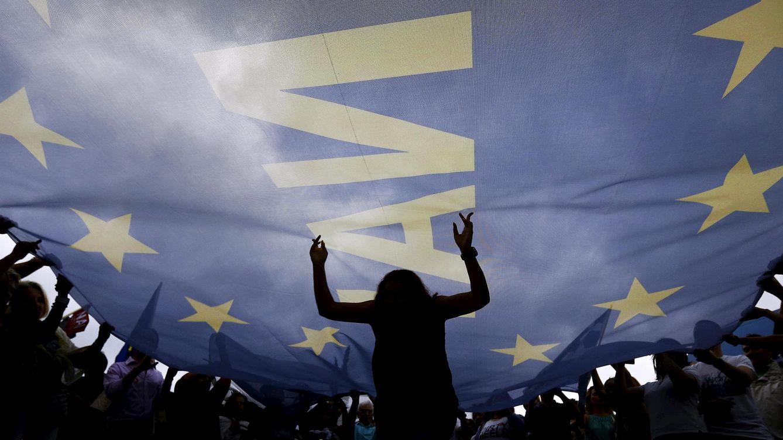 Foto: Manifestación en Grecia a favor de un pacto con Bruselas. (Reuters)