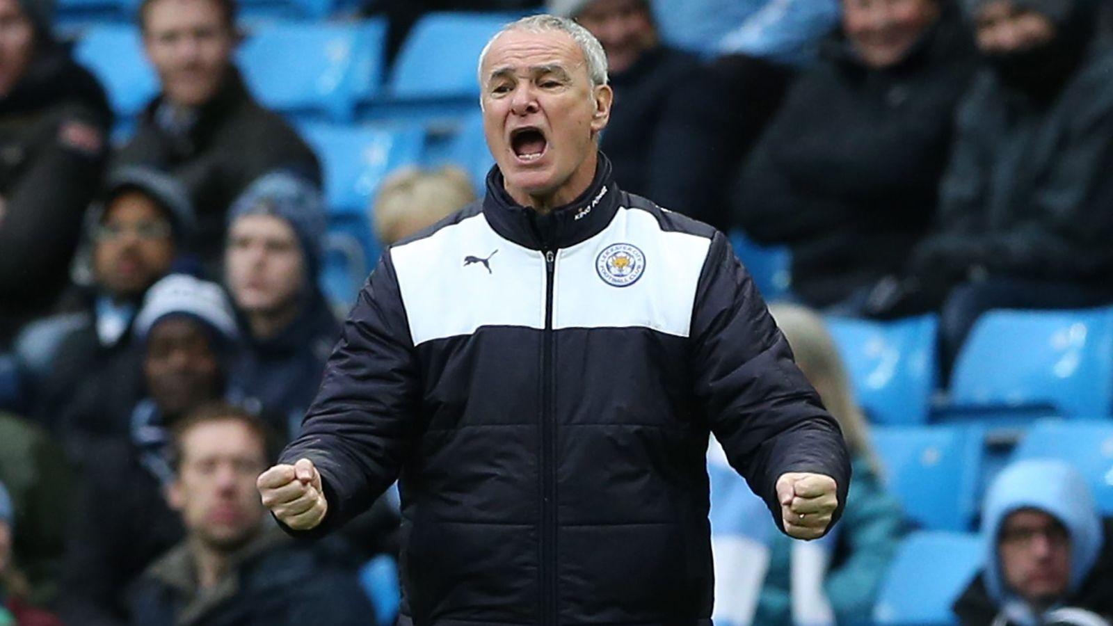 Foto: A pesar de su estilo defensivo, Ranieri lidera la Premier (EFE).