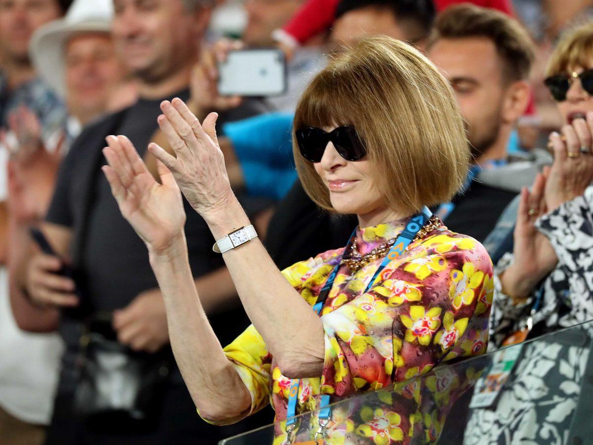 Foto: Por qué deberías invertir en unas gafas de sol oscuras como las de Anna Wintour. (Reuters)