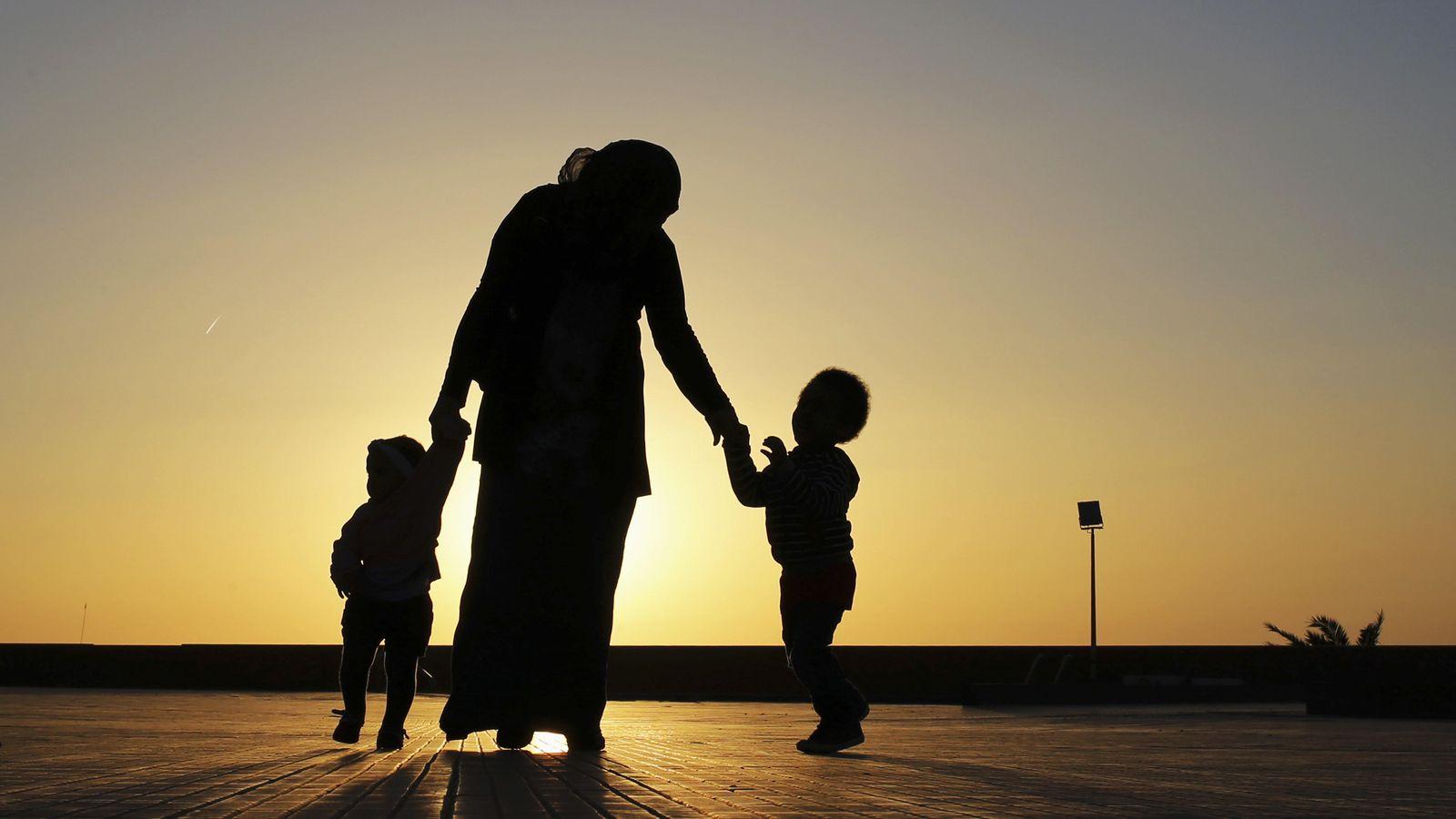 Foto: Algunas sociedades ignoran por completo qué se siente cuando te duele la espalda. (Reuters/Esam Omran Al-Fetori)