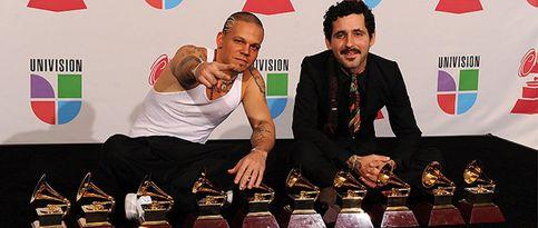 Calle 13 arrasa en unos Grammy Latino marcados por Omara Portuondo y Mercedes Sosa