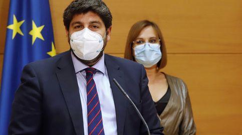 El PSOE denuncia por cohecho a López Miras y a 4 consejeros por votar contra la moción