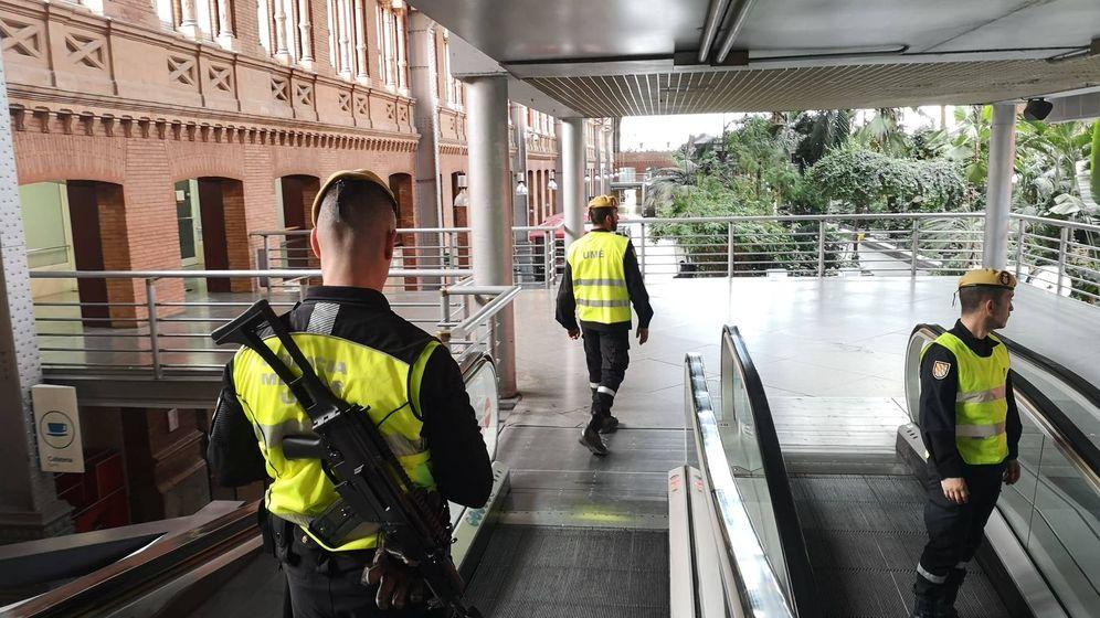 Foto: Militares de la UME desplegados en la Estación de Atocha.
