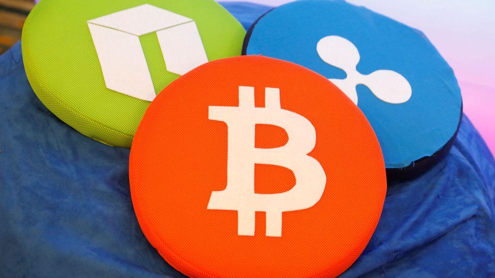 Foto: Logotipos del bitcoin