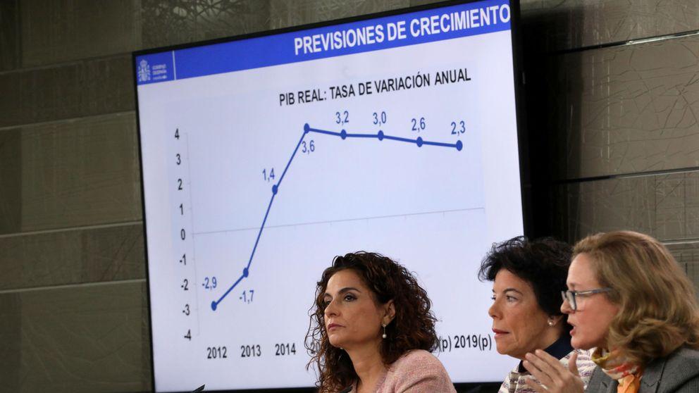 El Gobierno baja una décima la previsión del PIB y subirá los impuestos en 5.678 M