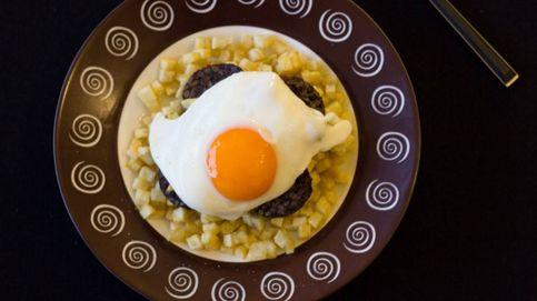 Huevo frito a baja temperatura con morcilla y manzana