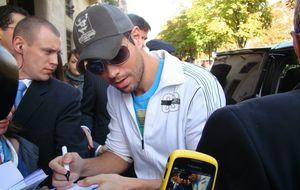 Enrique aprovechará su concierto en Madrid para ver a su madre