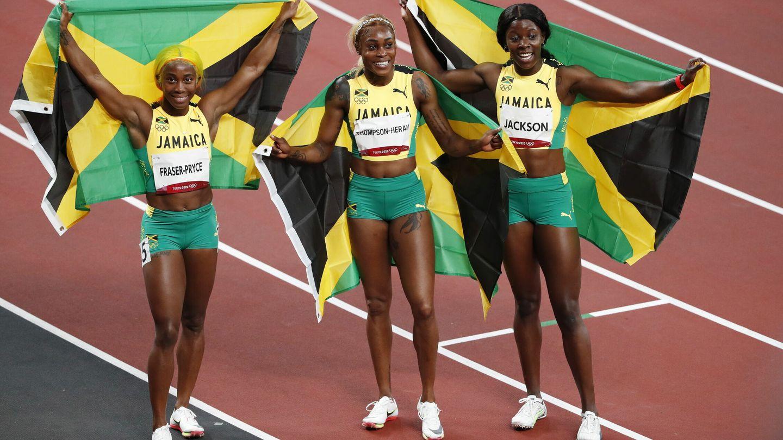 Triplete de Jamaica en los 100 metros. (EFE)