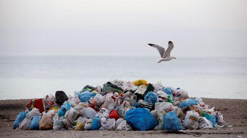 Resaca de San Juan: así limpian las playas tras las hogueras