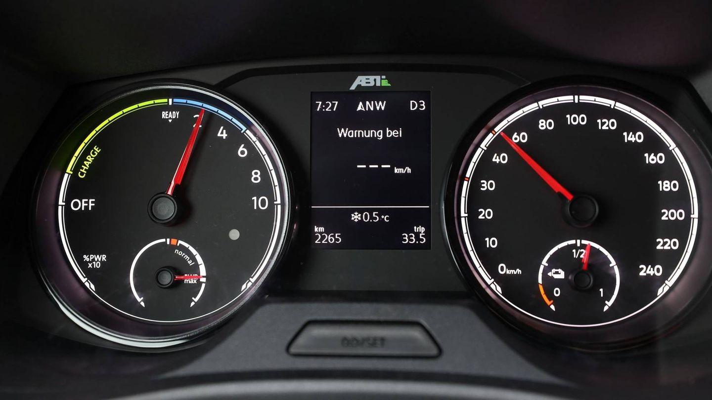 Cuadro de instrumentos del Volkswagen e-Transporter ABT.