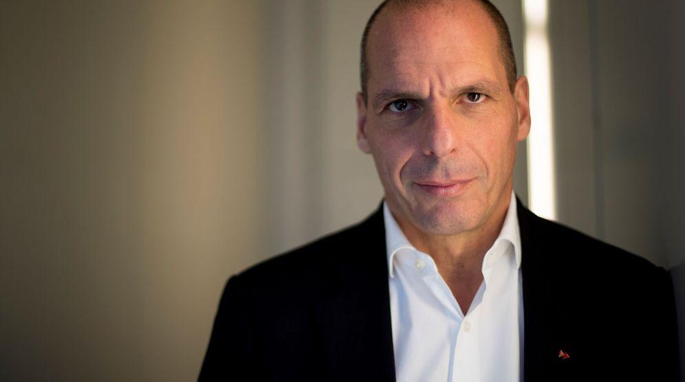 Foto: Varoufakis, durante su visita a Barcelona. (EFE)