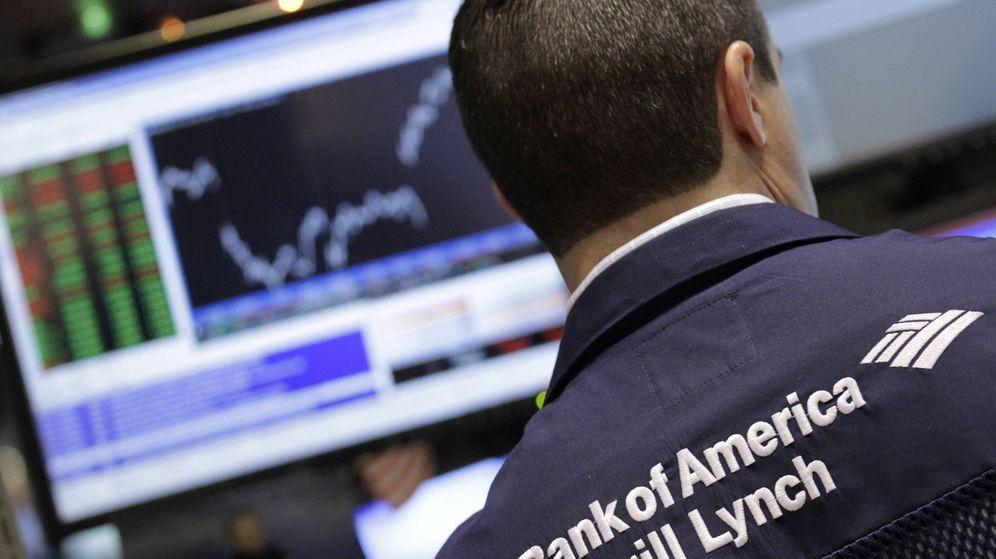 Foto: Un operador bursátil de Bank of America Merrill Lynch. (EFE)