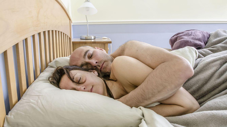 Foto: Descubre cómo retomar las riendas en la cama, y a dormir a pierna suelta y bien desfogados. (iStock)