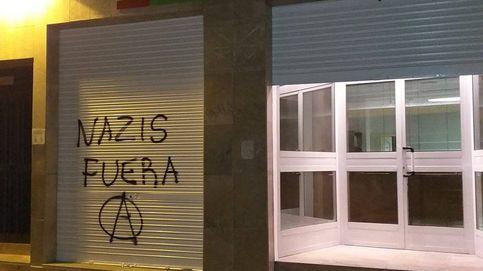 Aparecen pintadas de 'Nazis fuera' en una sede de Vox en Murcia