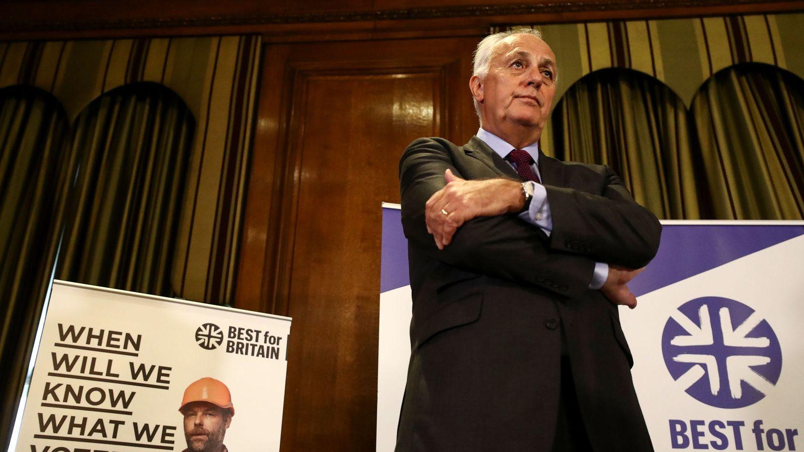 Foto: Lord Malloch-Brown, líder de la campaña Best For Britain, en una rueda de prensa en Londres, este viernes. (Reuters)