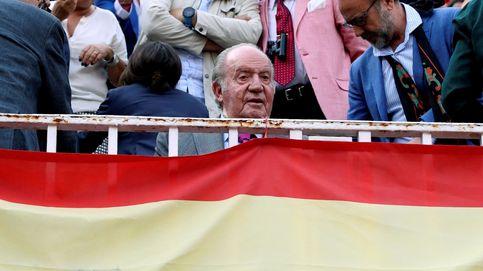 Don Juan Carlos aparece con apósitos en el rostro: te contamos la causa