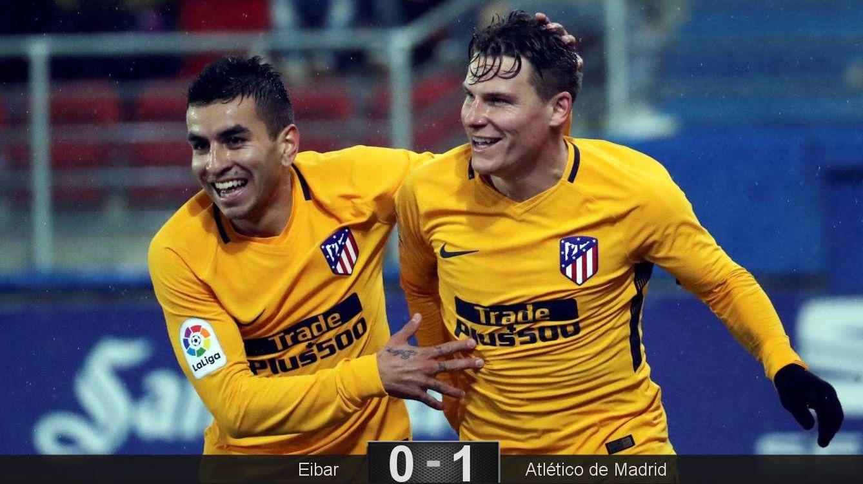 Foto: Gameiro (d), titular en lugar del sancionado Diego Costa, marcó el único gol del partido. (EFE)