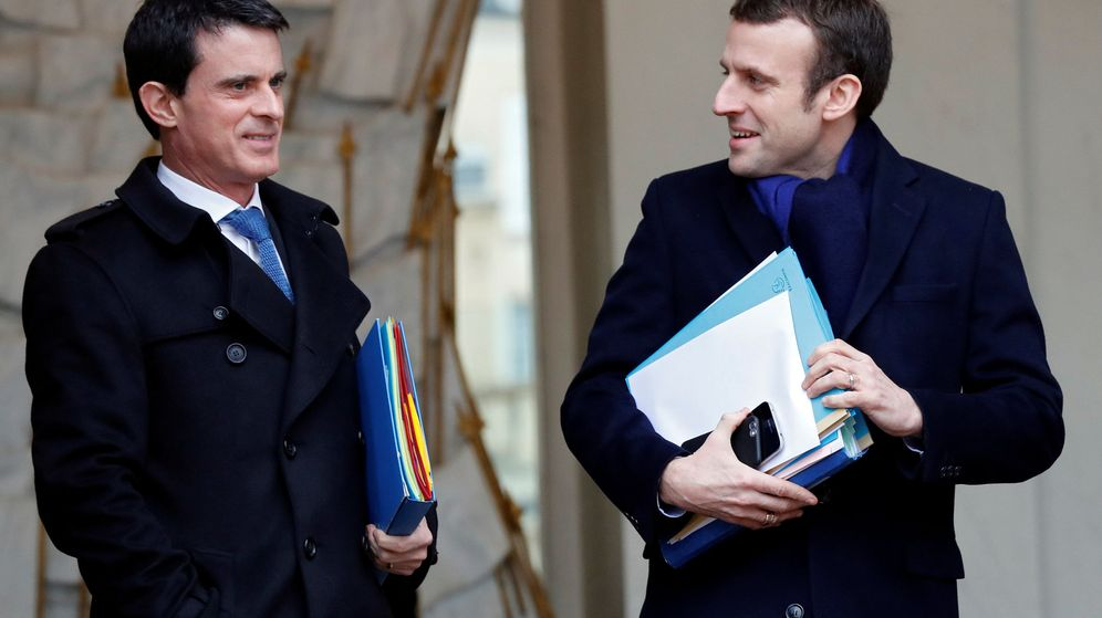 Foto: Manuel Valls junto a Emmanuel Macron. (Reuters)