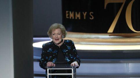 Premios Emmy 2018: Betty White pone en pie a la Academia a sus 96 años