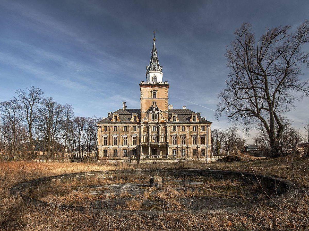 Foto: Actual estado del Palacio Hochberg, en Roztoka. (CC/Wikimedia Commons)