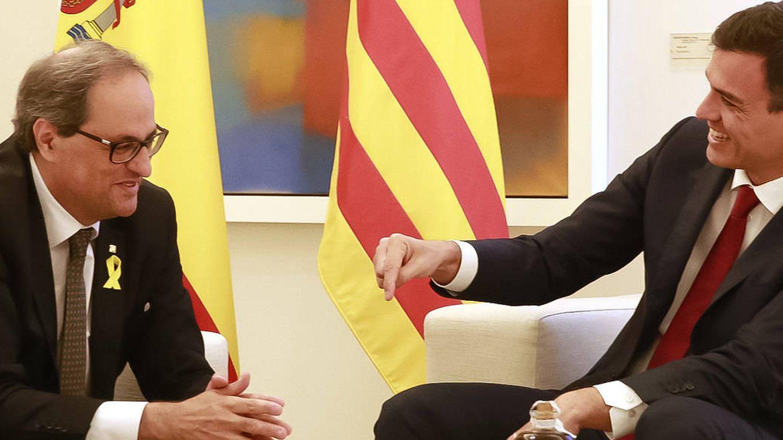 El presidente del Gobierno, Pedro Sánchez, y el jefe del Govern, Quim Torra. (EFE)