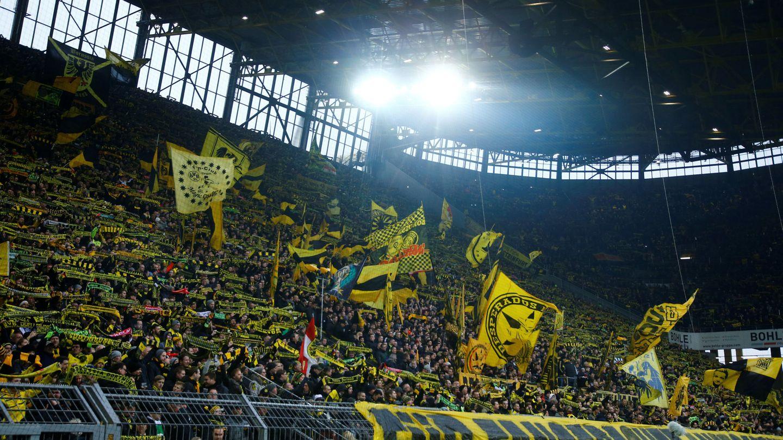 Con 40.693 espectadores media, la Bundesliga fue la liga con más aficionados en sus gradas en la temporada 2016-2017. (Reuters)