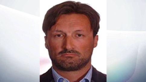 Cae el prófugo más buscado de Reino Unido: Mark Acklom, el falso espía del MI6