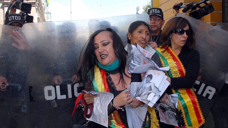 Mujeres Creando, 20 años contra la autoridad